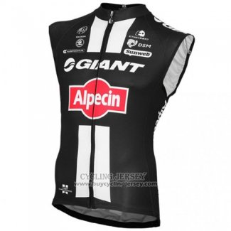 2016 Wind Vest Giant Black And Red