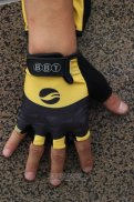 2014 Giant Gloves Corti Yellow